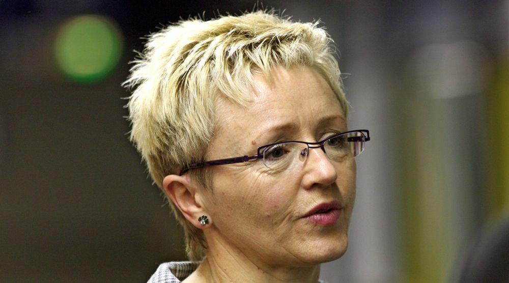 Samferdselsminister Liv Signe Navarsete (Sp) ber Stortinget om delvis bompengefinansiering av Oslopakke 3, trinn 1.