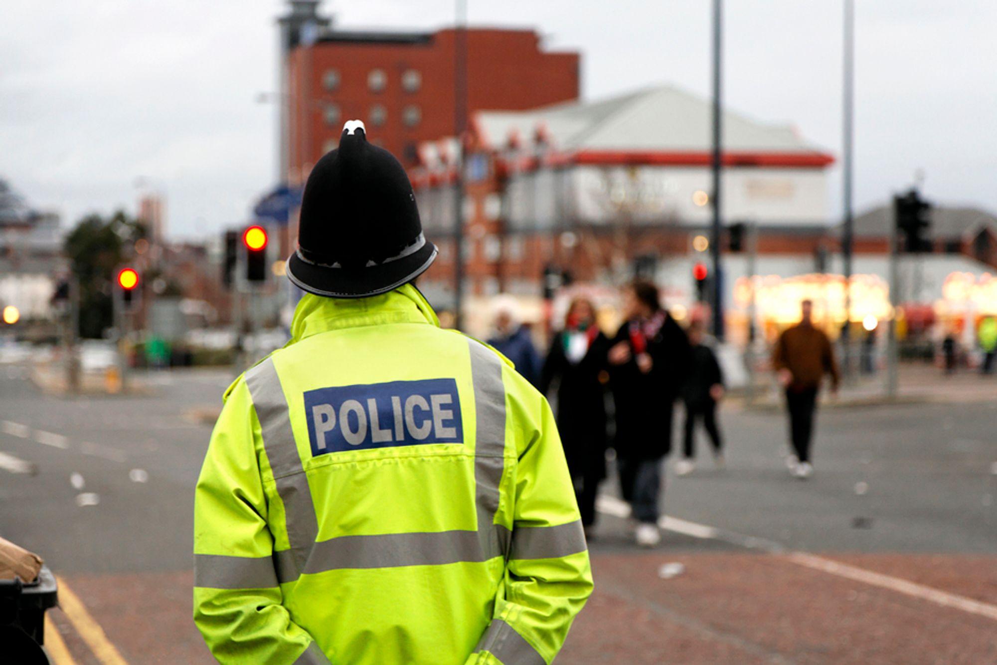 Politiet i Cleveland i Storbritannia skal spare seg for mye papirarbeid med ny mobil IT-løsning.