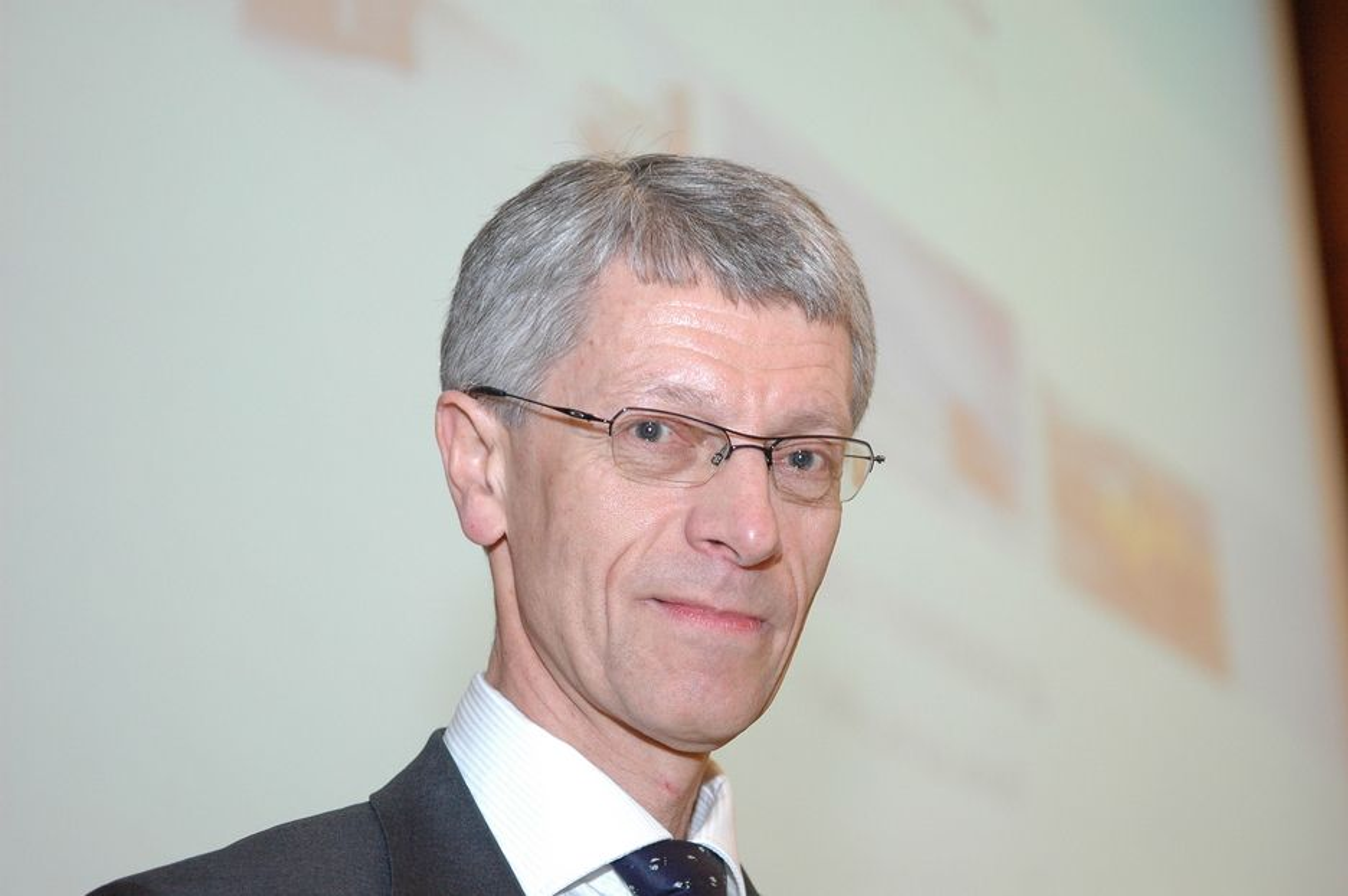 Konsernsjef Olav Volldal i Kongsberg Automotive skal bruke pengene fra Innovasjon Norge til å betjene nye ordrer.