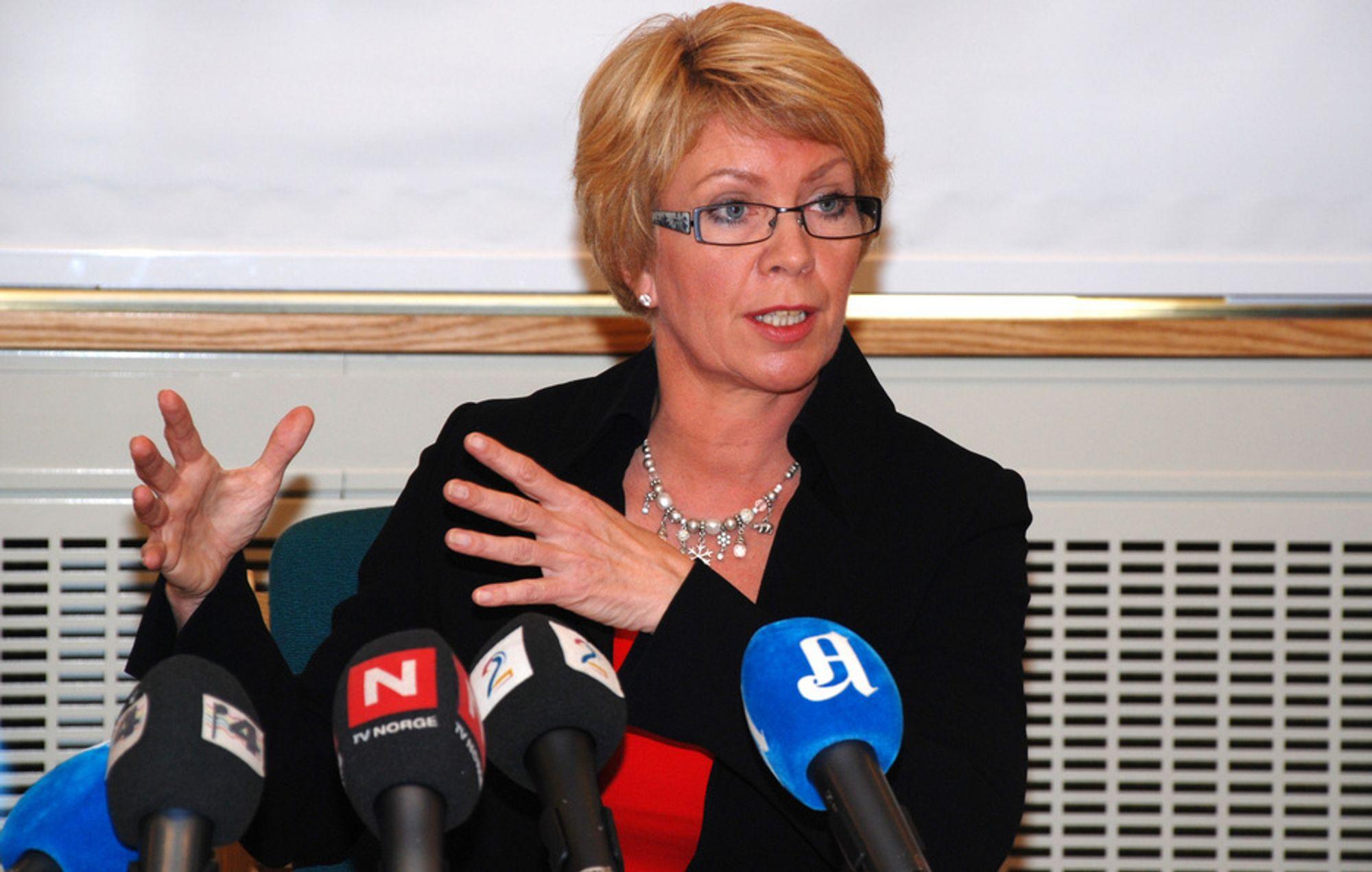 Tidligere olje- og energiminister Åslaug Haga vet hva hun ville gjort med EUs fornybardirektiv om hun var i sin arvtagers sko.