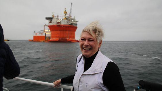 Sjefen for det Internasjonale Energibyrået (IEA) Maria van der Hoeven og Goliat