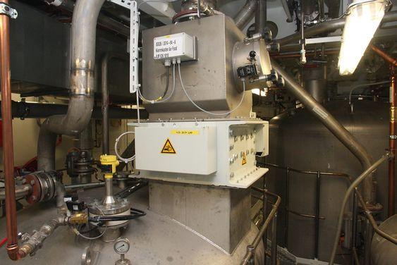 Fem bioreaktorer sørger for å rense vannet etter at faststoffe er fjernet fra svartvannet.