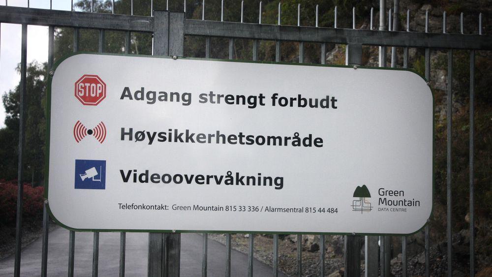 Den ferske Tier III-sertifiseringen innebærer at Green Mountain er Skandinavias sikreste datsenter i sitt slag. Det innebærer dokumentert driftssikkerhet med evne til å kjøre planlagt vedlikehold uten at det påvirker driften av anlegget.