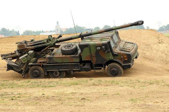 Nexter Caesar kjemper fra før om en tilsvarende artillerikontrakt i Danmark.