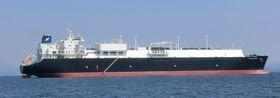 Wärtsilä skal fjernovervåke 52 motorer i 13 LNG-skip. Et utall sensorer sender data over nettet til en sentral som forteller Wärtsiläs ingeniører alt de trenger å vite om tilstanden og planlegge vedlikehold og gi råd til maskinsjefene.Bildet viser Golar Crystal, levert i 2014 fra Samsung.service.Golar Crystal er ett av 13 skip i Golar LNG-flåten som som skal ha fjernovervåket