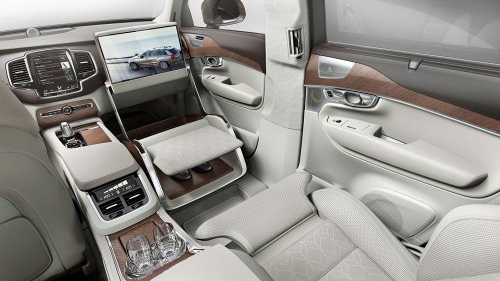 Volvo fjerner fremsetet for å gi rom for bein og en luksus-konsoll.