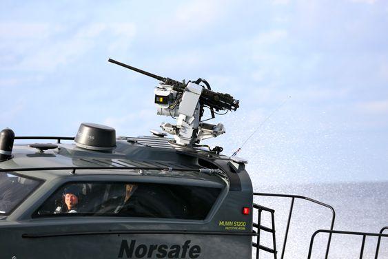 Norsafes Munin S1200-prototyp med Kongsbergs fjernstyrte våpenstasjon Sea Protector.