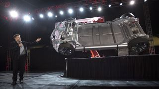 Dette er det Tesla skal lansere i neste uke