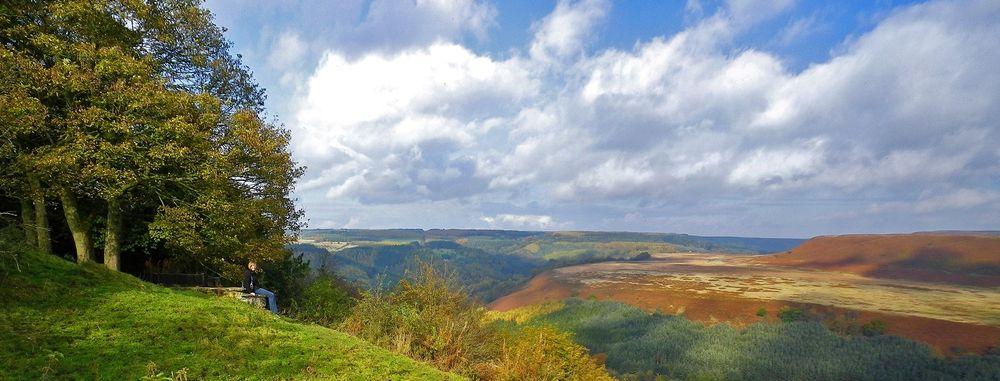 Geologien under nasjonalparken The North York Moors i Yorkshire skal være perfekt for utvinning av petroleum ved bruk av fracking, ifølge forskere.
