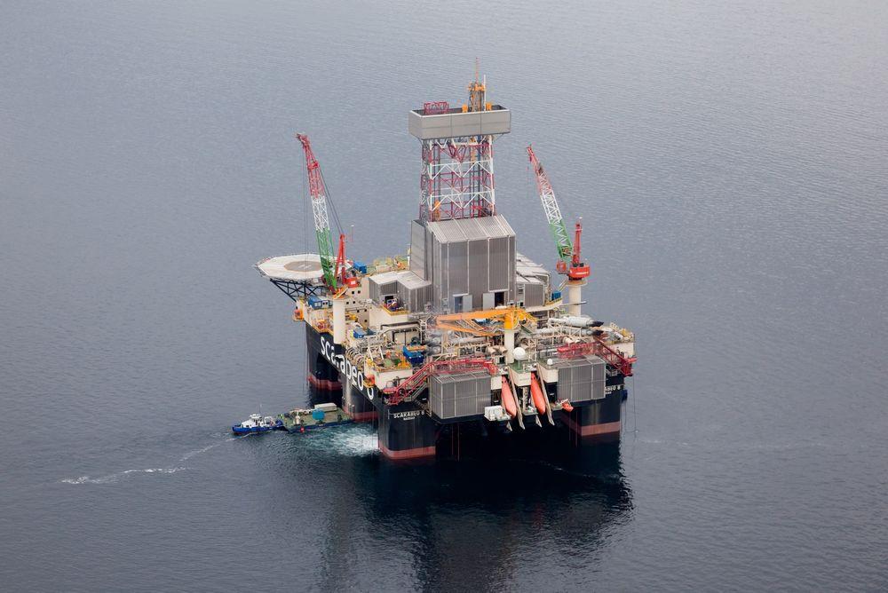 20. februar i år falt en mann over bord fra boreriggen Scarabeo 8 i Barentshavet. Petroleumstilsynet har nå sluttført sin granskning av hendelsen, og har funnet flere regelbrudd.