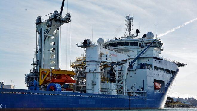 Dette skipet kan løfte 420 tonn i ni meter høye bølger