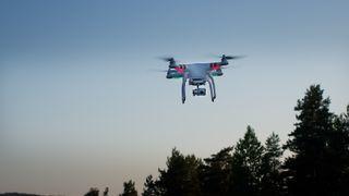 Disse dronene kan du snart fly uten tillatelse