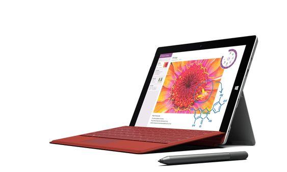 Gost utstyrt: Surface 3 får den samme typen tastatur som  iPro-versjonen. Det låser seg magnetisk til hele kanten av nettbrettet og gjør det stivt nok til å skrive på samtidig som det får en liten vinkel oppover. Nettbrettet kan også utstyres med penn.