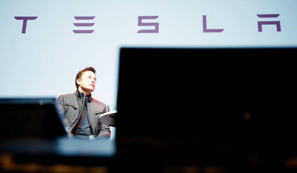 Tesla-sjef Elon Musk lover en helt ny produktlinje fra Tesla i slutten av april.