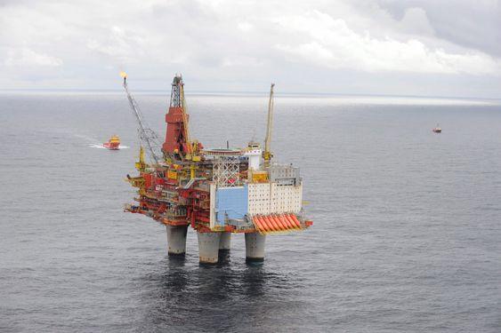Øker og øker: På Statfjord-feltet pumpet Statoil inn vann for å få ut mer olje. Når pumpes vannet ut for å øke gassutvinningen.