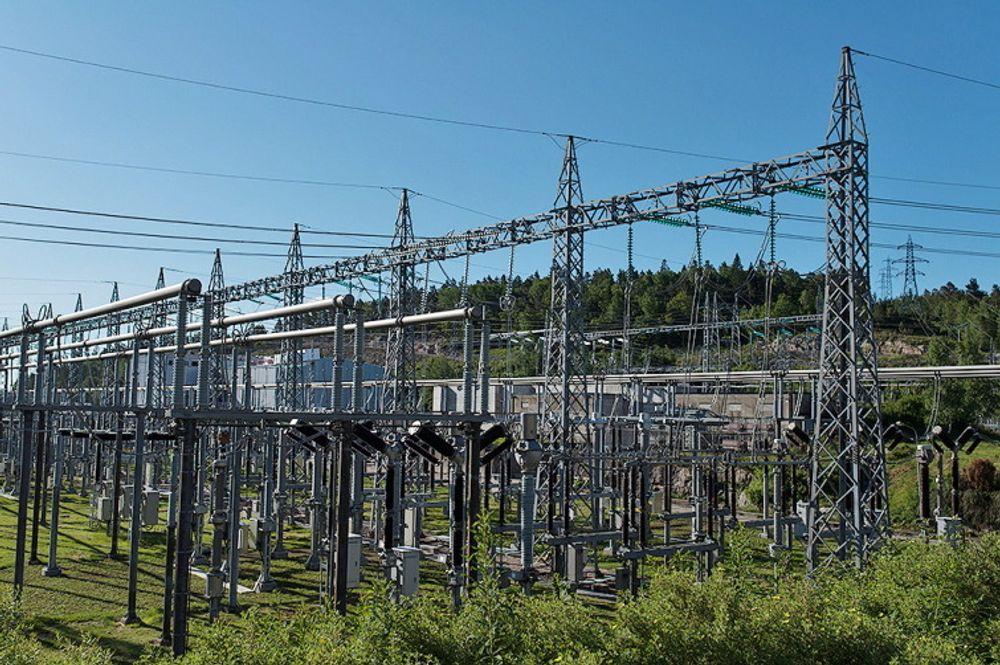 Kristiansand transformatorstasjon på Støleheia er hvor Skagerrak-kablene er koplet til det norske kraftnettet.