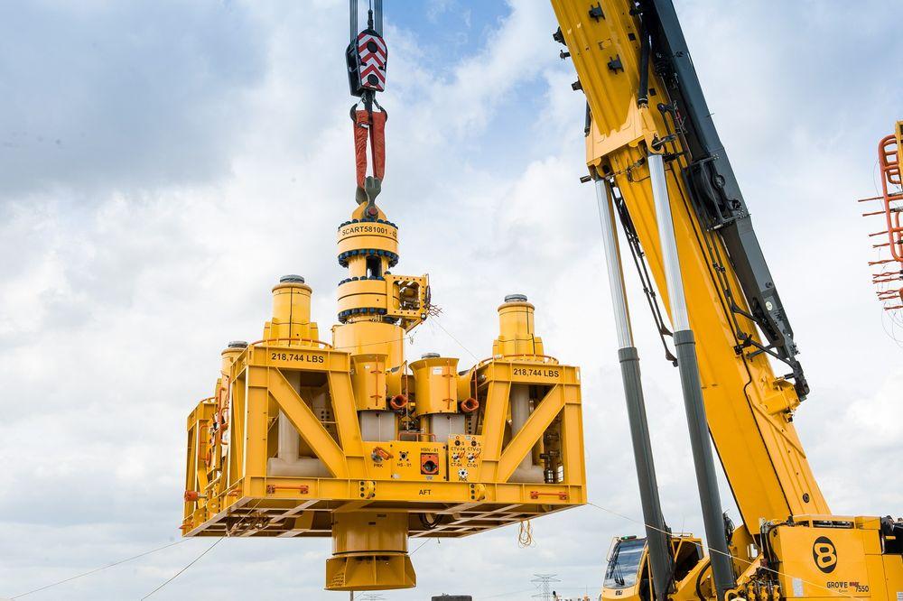 The Subsea Containment Assembly (SCA) er Aker Solutions nyeste teknologi, og  brukes til å dekke til subseabrønner ved ukontrollerte utblåsninger.