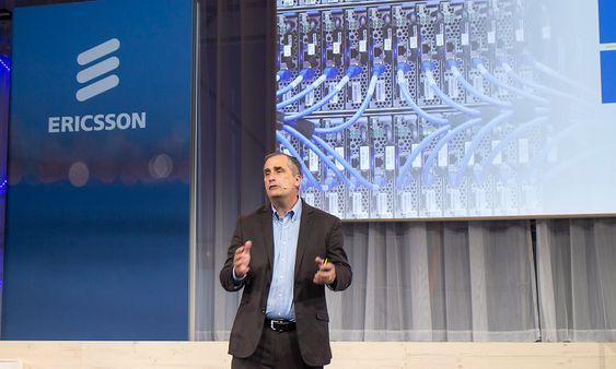 Velsigner: Selveste Intelsjef Brian Krzanich møtte opp hos Ericsson for å velsigne samarbeidet om infrastruktur.