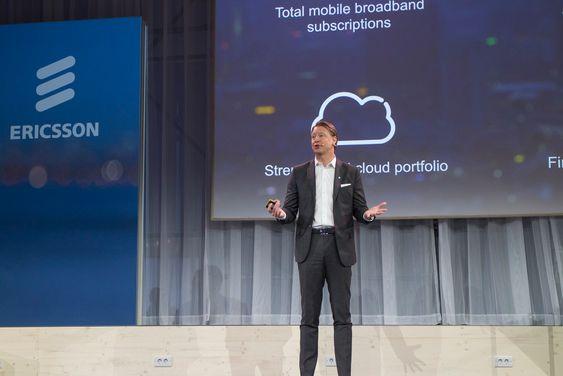 Skal først til nettskyen: Telecom er ikke som før fastslår sjefen i Ericsson, Hans Vestberg. Han vil ta selskapet til en dominerende posisjon innen nettsky for telecom.