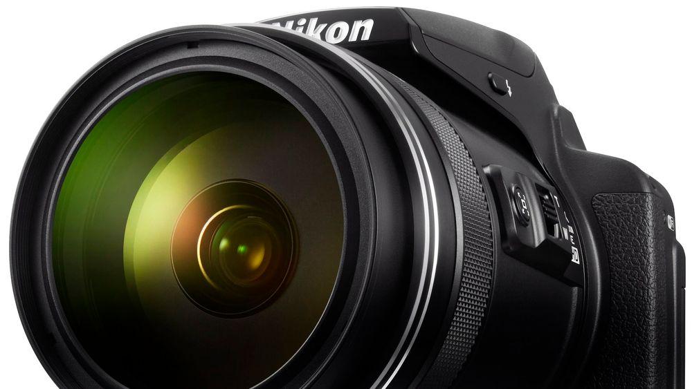 Superzoom: Nikon P900 zoomer fra 24mm til 2000mm. Foto: Nikon