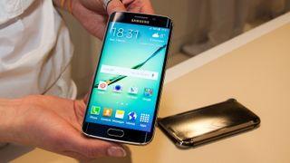 Her lanserer Samsung Galaxy S6 og S6 Edge