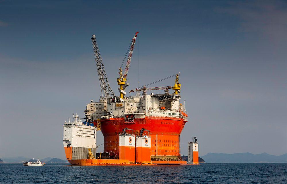 Det enorme løfteskipet Dockwise Vanguard, som er lastet med Goliat-flyteren, forlater lørdag 14. februar Ulsan i Sør-Korea og setter kursen mot Hammerfest.