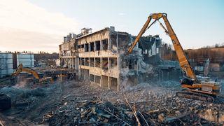 Skal rive Skjeggestadbrua - her er de spektakulære jobbene de har gjort før