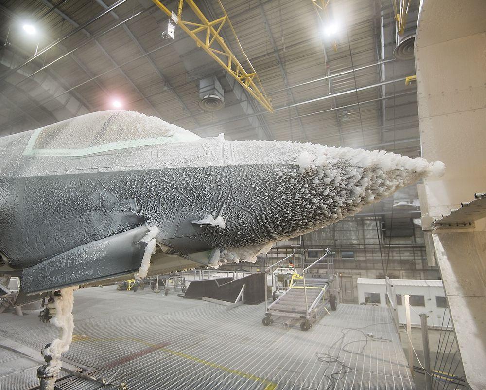 Slik ser BF-5 ut etter at den hadde vært gjennom isingskalibreringstesting 25. januar.