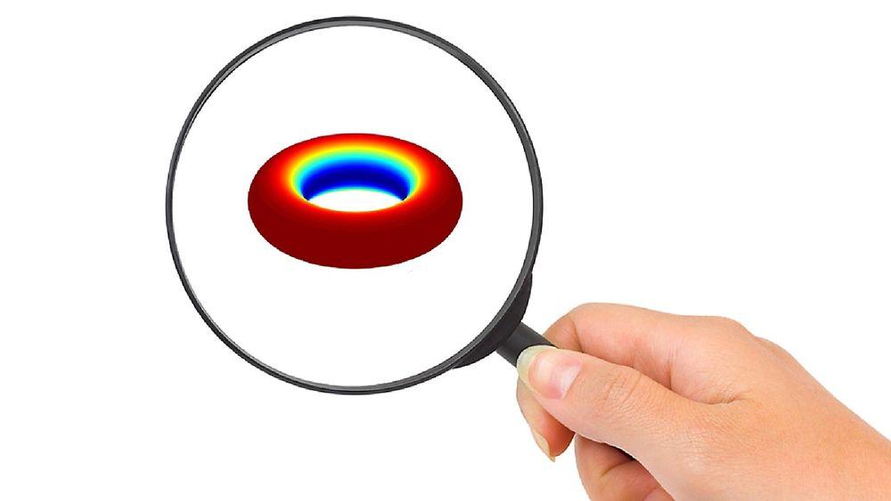 Nanopartikler er så små at de ikke oppfører seg på samme måte som verden vi observerer til daglig. Samtidig er de for store til at vi kan bruke atommodeller på dem.