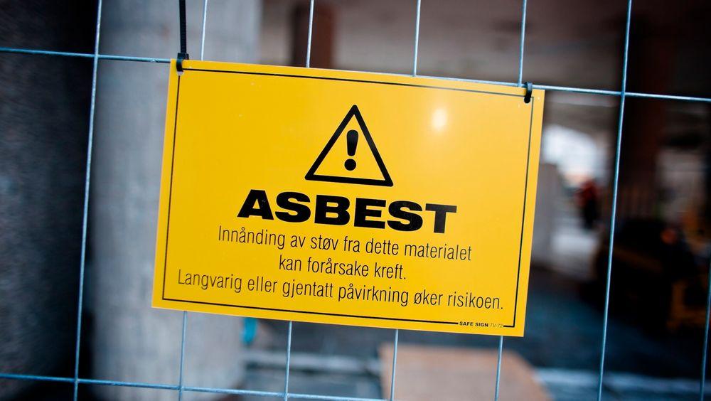 Så lite som to ukers eksponering av asbest kan gi livsfarlig lungehinnekreft.