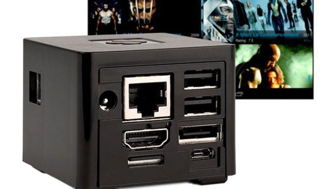 Denne datamaskinen er mindre enn sin egen strømforsyning