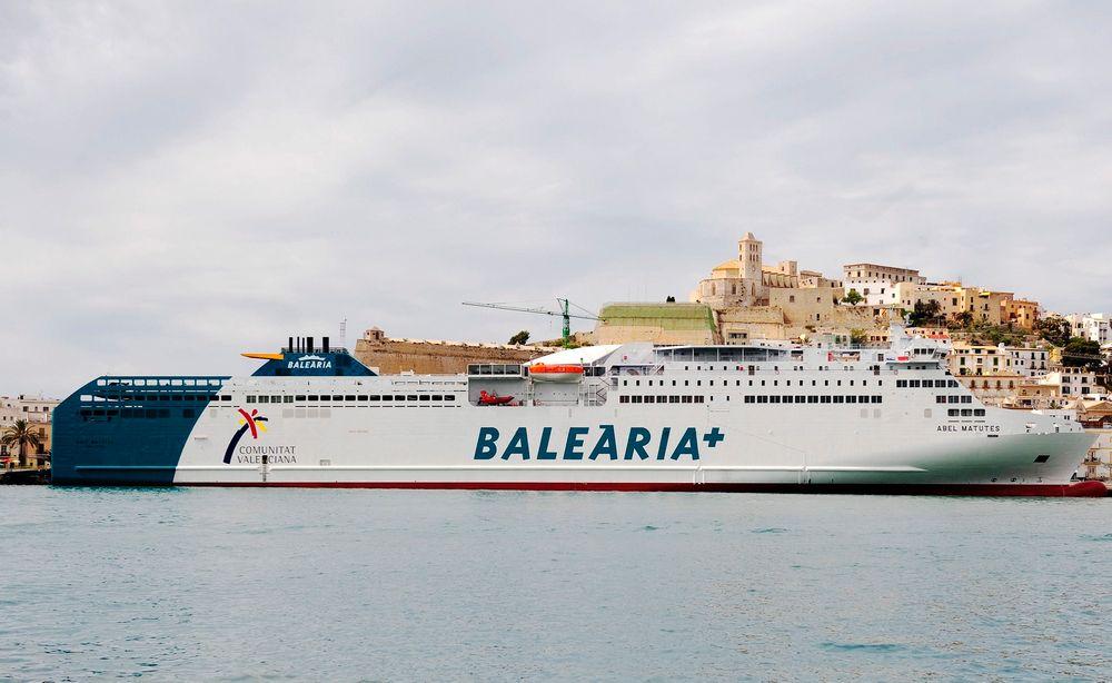 Abel Matutes har plass til 900 personer og 247 biler. Skipet på 10.863 dvt er bygget i 2010 og trafikkerer Barcelona-Mallorca.
