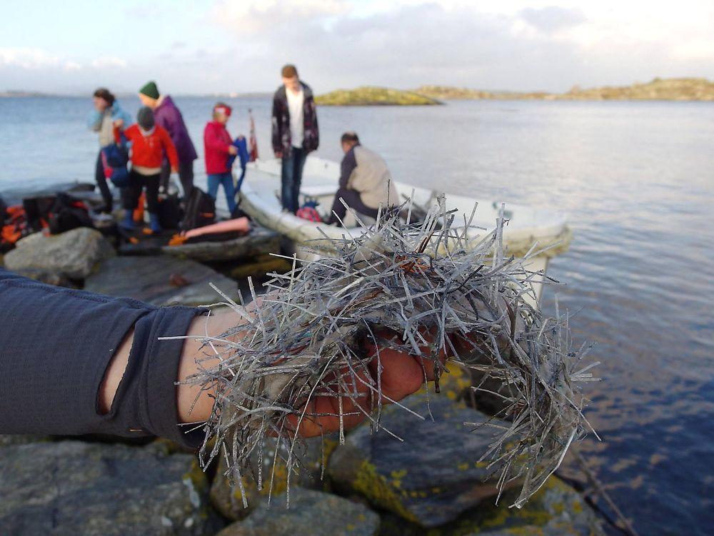 Statens vegvesen ble i fjor høst anmeldt for miljøkriminalitet av Naturvernforbundet, etter at store masser med plastfiber fra Ryfast-utbyggingen lekket ut i sjøen.