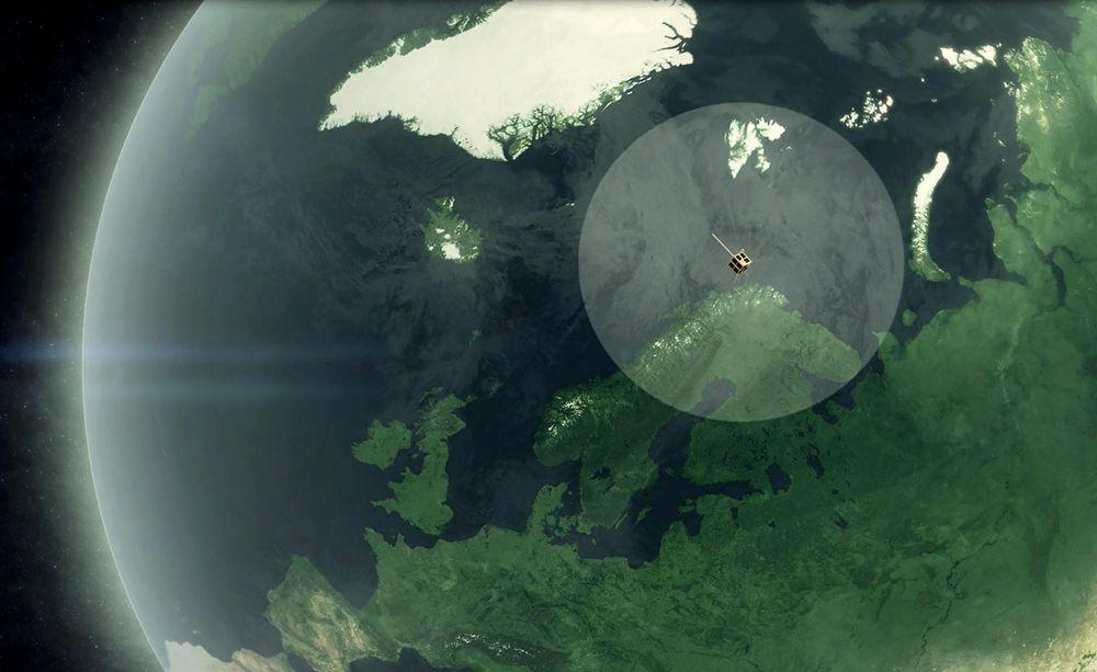 Med to satellitter i polar bane med nedlasting på Svalbard og Vardø, blir det bedre overvåking av skipstrafikken.