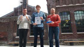 Studentteamet som har jobbet med oppgaven. Fra venstre: Are Nøst, Mathias S. Olsen, Jørgen Apeland