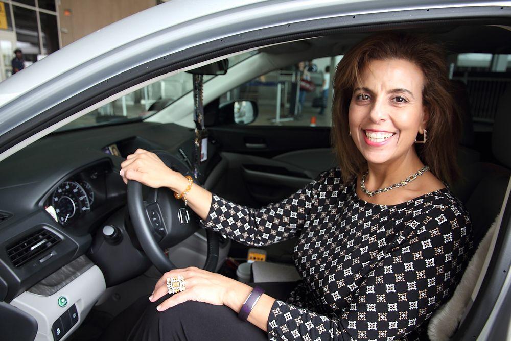 Nancy Zabak ble Uber-sjåfør i Houston etter at hun mistet jobben i oljebransjen. - Det har vært veien ut, sier hun til Teknisk Ukeblad.