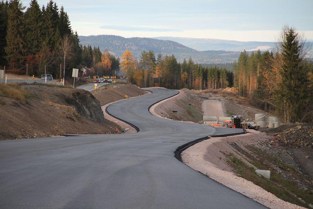 Valg av nye veiprosjekter baserer seg i svært liten grad på samfunnsøkonomisk nytte viser en ny rapport fra TØI.