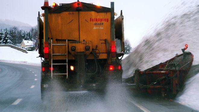 Vegvesenet lovet mindre salt på veiene: Har aldri saltet mer enn i vinter