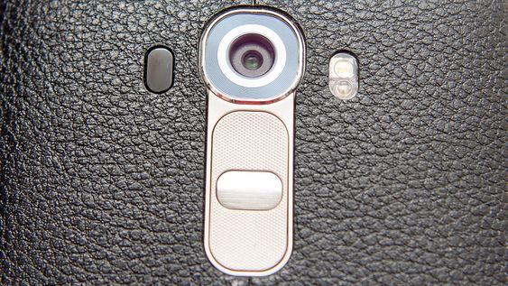 Kameraet har 16 megapikslers oppløsning, er lyssterkt, og har en rekke interessante teknologier.