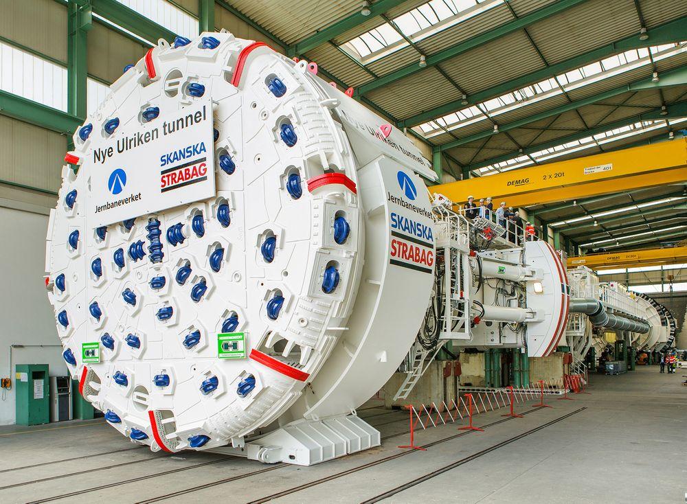 Tunnelboremaskinen som skal drive Ulriken, veier 1800 tonn og har en diameter på 9,33 meter.