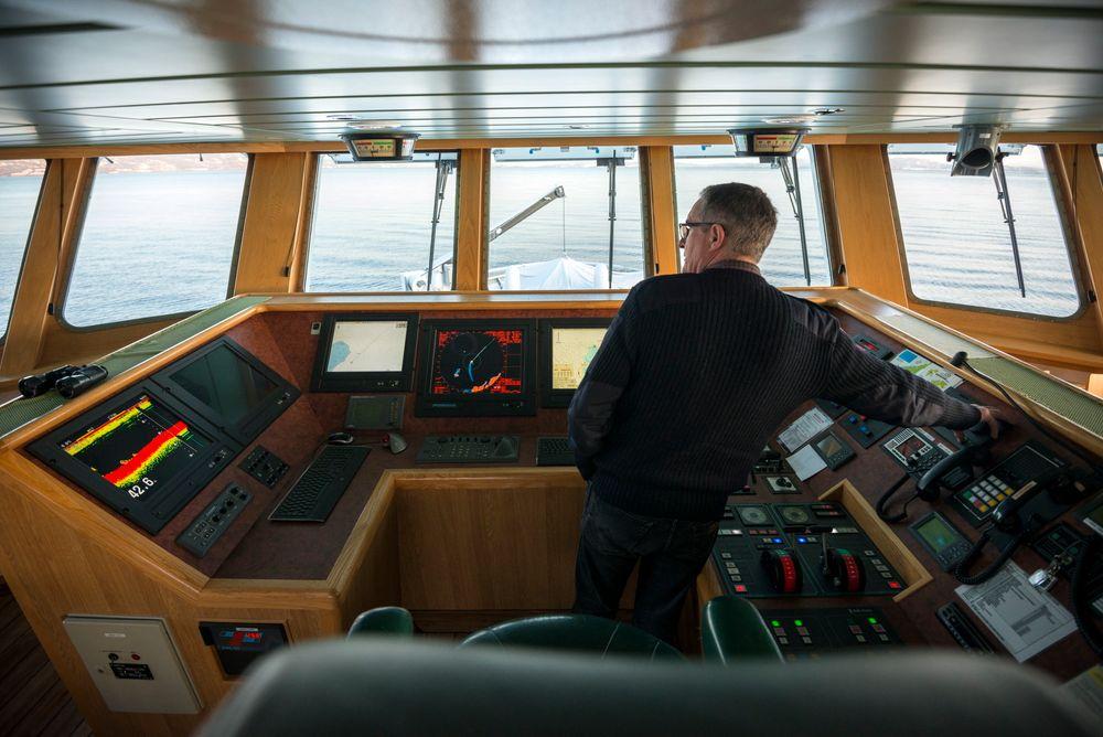 Fersk teknologi: Arve Knutsen er kaptein på F/F Gunnerus, som hå har fått installert nyeste versjon av Kongsberg Gruppens K-Pos Dynamiske Posisjoneringssystem.