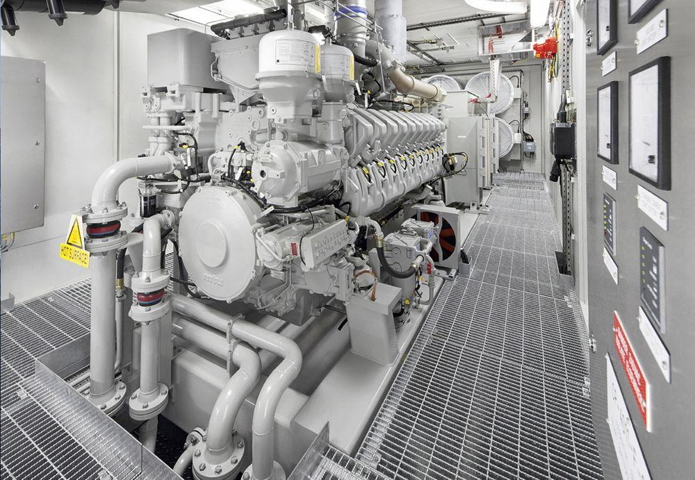 Petroleumstilsynet mener å se en negativ trend når det gjelder valg av størrelse på lokale nødkraftgeneratorer offshore.  Generatoren på bildet, som kommer fra MTU i Friedrichshafen i Tyskland, er ikke noe eksempel i så måte.