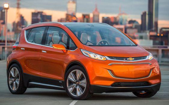 Chevrolet Bolt-konseptet viser hvordan GM har tenkt å tilby en elbil med stor rekkevidde og relativt lav pris.