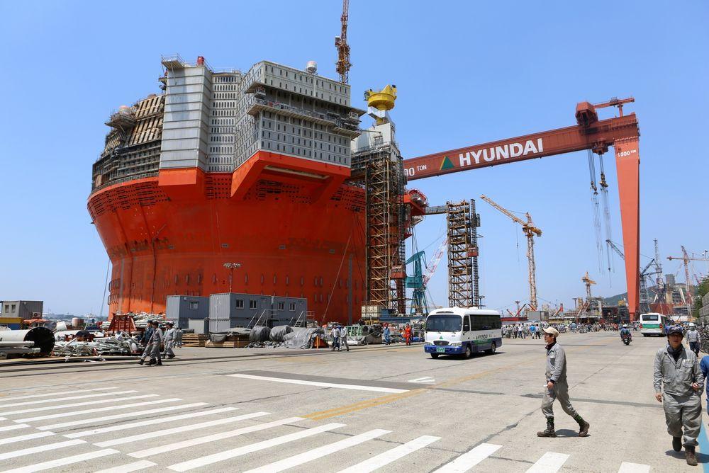 Hyundai Heavy Industries offshoreverft i Ulsan, Sør-Korea. Goliat FPSO står i H-dokken, der det i forrige uke skjedde en dødsulykke.