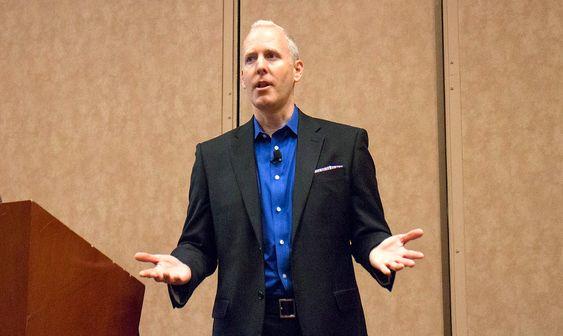 Kan forbrukerelektronikk: Steve Koenig er direktør for industrianalyse i Consumer Electronics Association. Han peker på syv produktgrupper som hoder salget oppe, mange tapere og nye muligheter