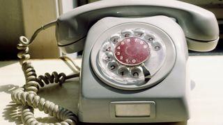 Telenor dropper planene om å kutte ut fasttelefonen