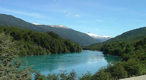 Baker-elven i Patagonia i Chile forblir urørt, etter store protester.