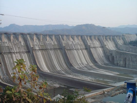 Sardar Sarovar-dammen i India.