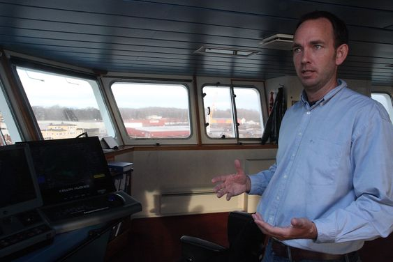 Kaptein og sikkerhetsrådgiver i Bastø Fosen, Gisle Stava, tror vi om noen år vil være like avhengig av Rex som av radar.
