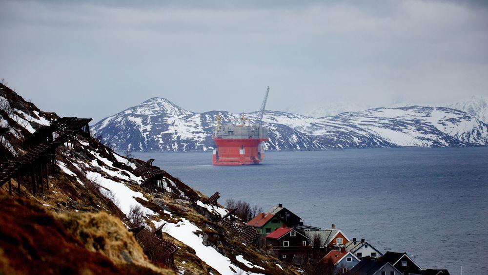 Nord-Norge kan styre klar av oljekrisen. Situasjonen er helt annerledes her, hvor oljevirksomheten er i startfasen, enn på den modne delen av sokkelen lenger sør, mener Geir Seljeseth i Norsk Olje og gass.